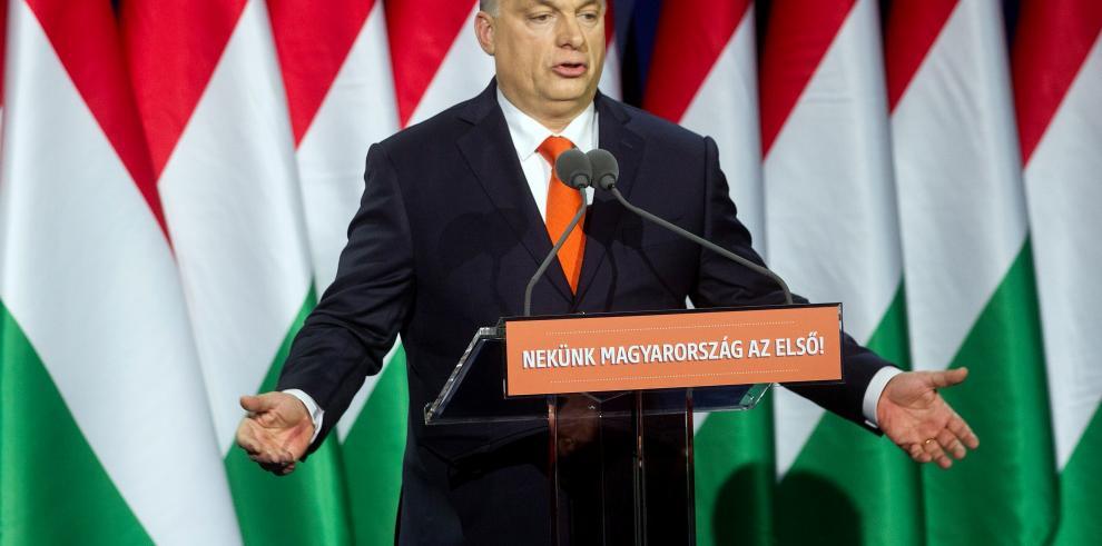 El Parlamento húngaro debate ley que restringe el trabajo de las ONG