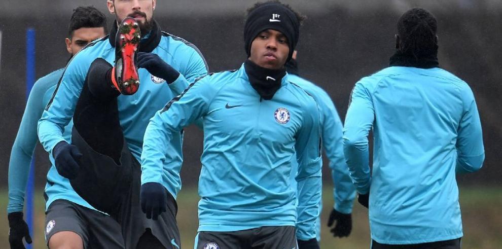 El Chelsea y el Barça preparan su choque