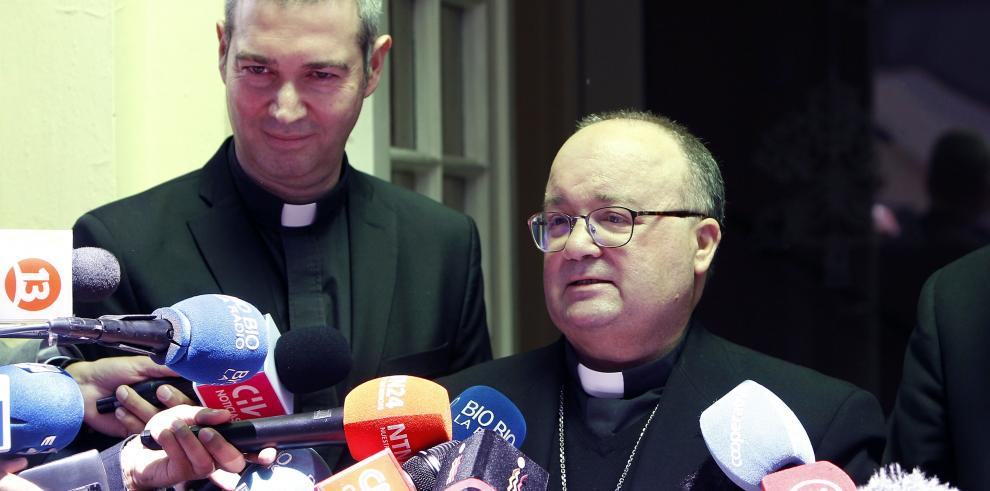 Enviado del papa a Chile inicia reuniones con testigos del caso Barros