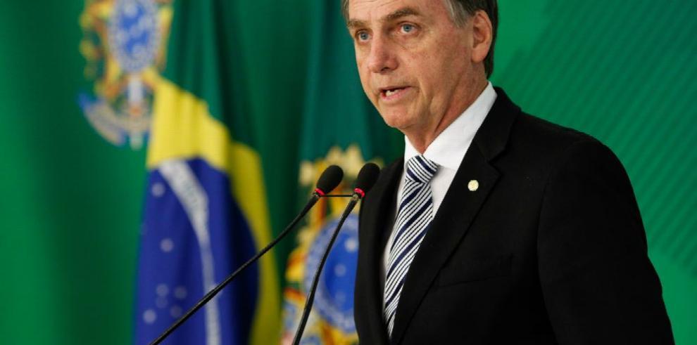 Bolsonaro no pagó contenidos en Facebook