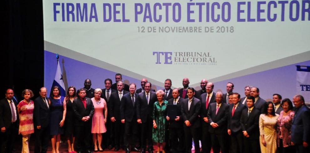 Los candidatos a la Presidencia se sumaron al Pacto Ético Electoral