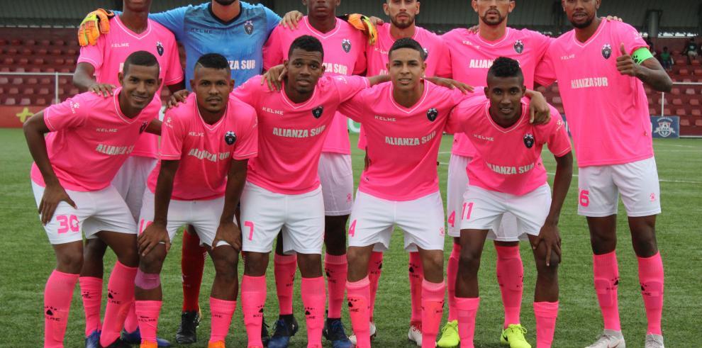 Colón C3 y Leones de América disputarán la final del torneo apertura