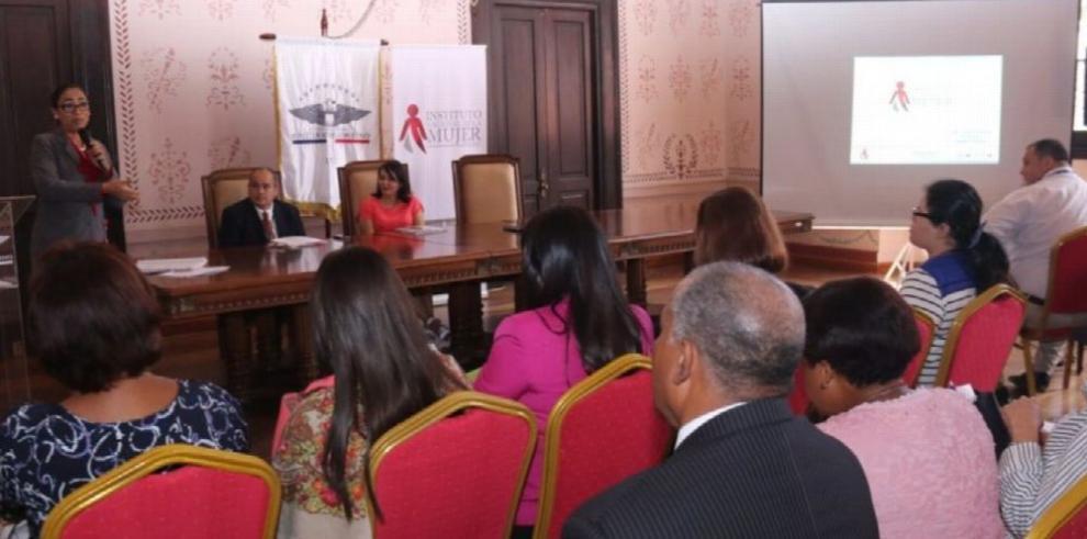 Taller para prevenir la violencia contra las mujeres