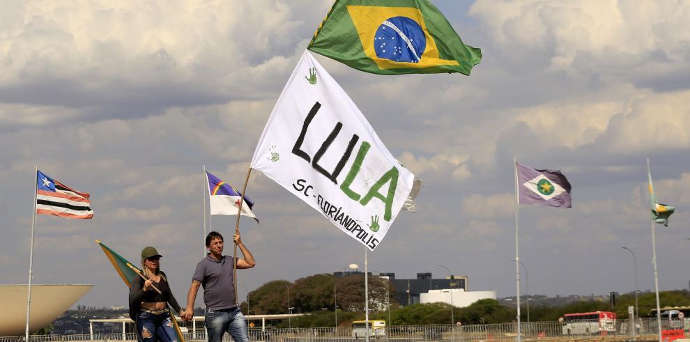 Inscriben a Lula da Silva a la candidatura presidencial de Brasil