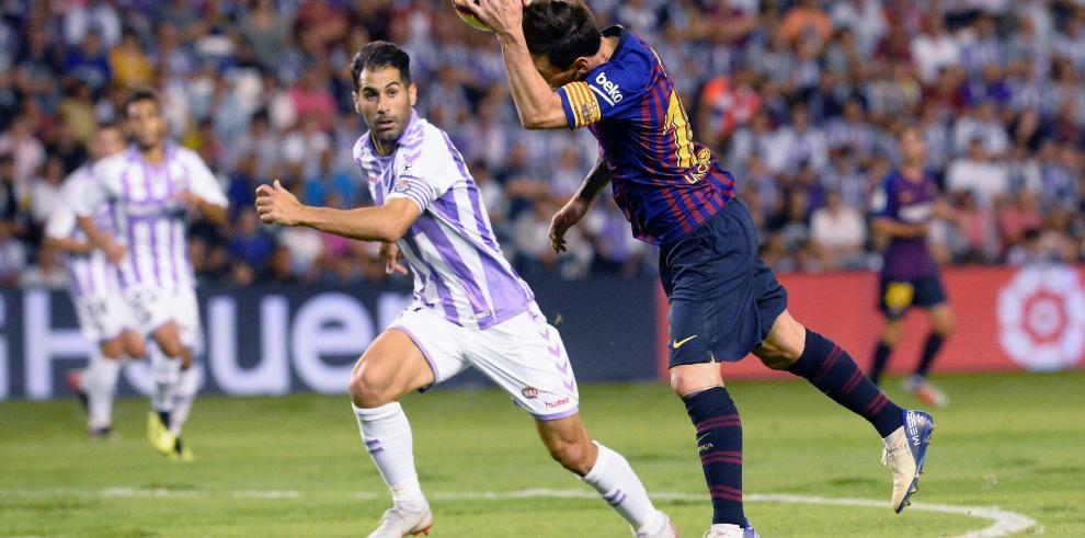 Dembelé da victoria al Barcelona ante un Valladolid valiente y entregado
