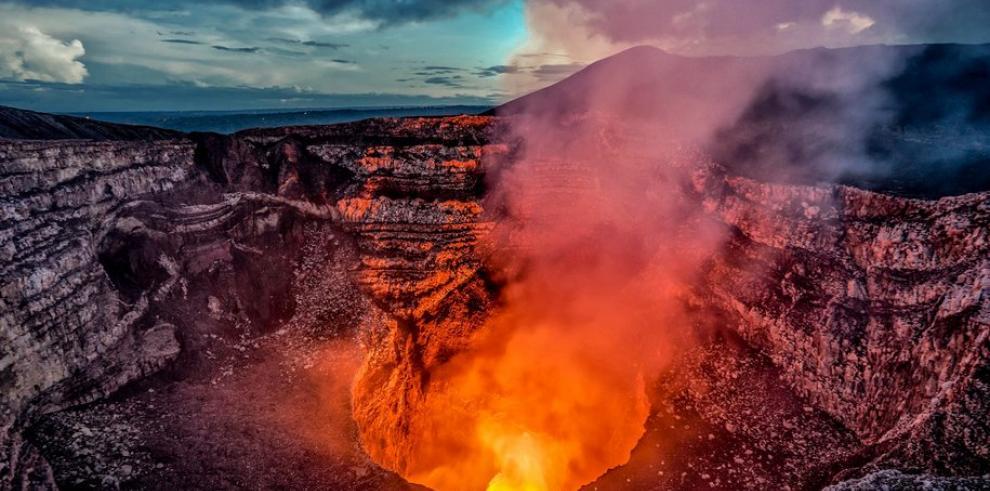 National Geographic llega a Nicaragua para filmar el lago de lava en Masaya