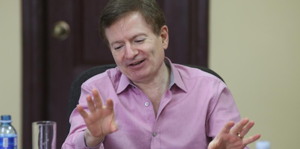 Periodista del Washington Post en Panamá destaca el valor de la credibilidad