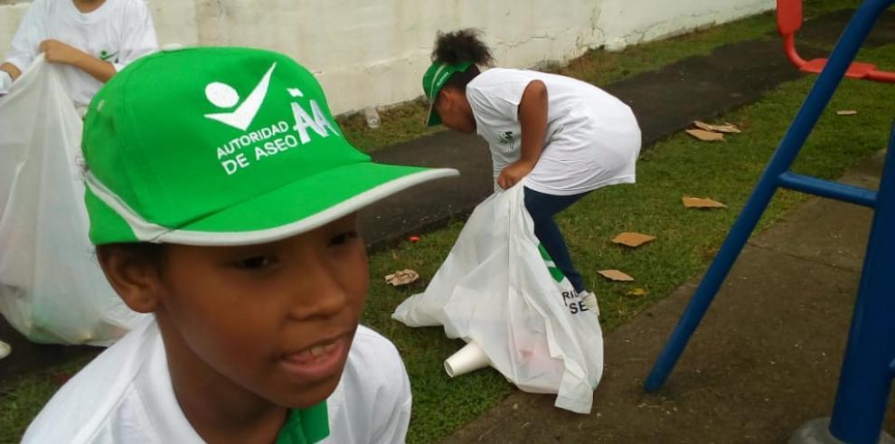 AAUD dictó Talleres de Educación Ambiental en Escuelas de Río Abajo