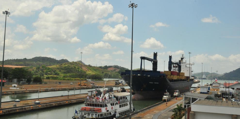 Canal de Panamá celebra que ampliación llega a 4 mil tránsitos de neopanamax