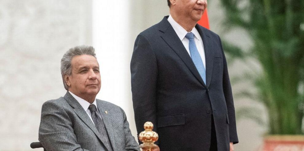 Ecuador logra un crédito de China por $900 millones