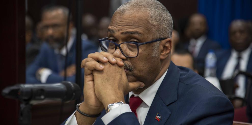Dimite el primer ministro de Haití tras crisis por alza de combustibles