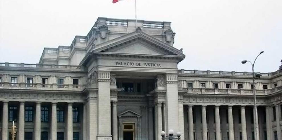 Corte Suprema Perú pide cese de juez que ofrecía absolver violador de menor