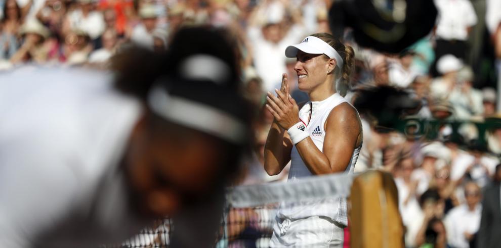 Serena Williams es derrotada por Angelique Kerber en Wimbledon