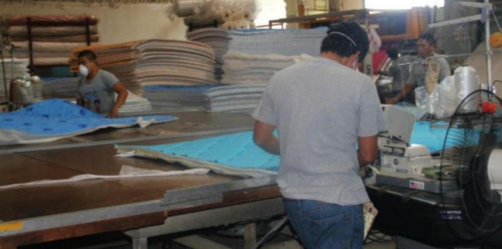 Empleo migra a la industria manufacturera