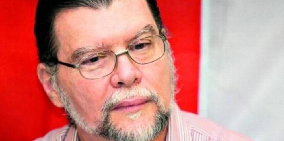 Ciclo literario en la Universidad de Panamá