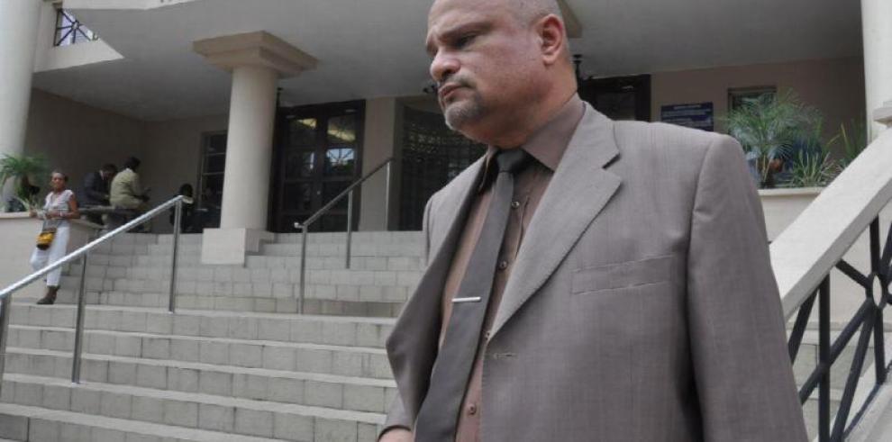 Denunciarán al diputado Roberto Ayala ante la Corte Suprema