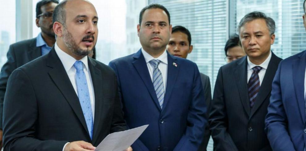 Panamá inaugura consulado de marina mercante en China