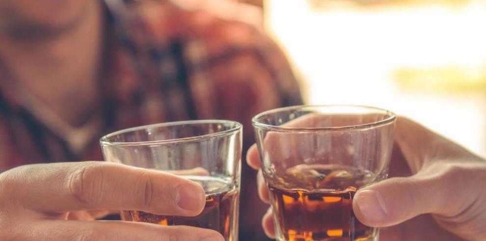 Festejos elevan consumo de alcohol e intoxicación