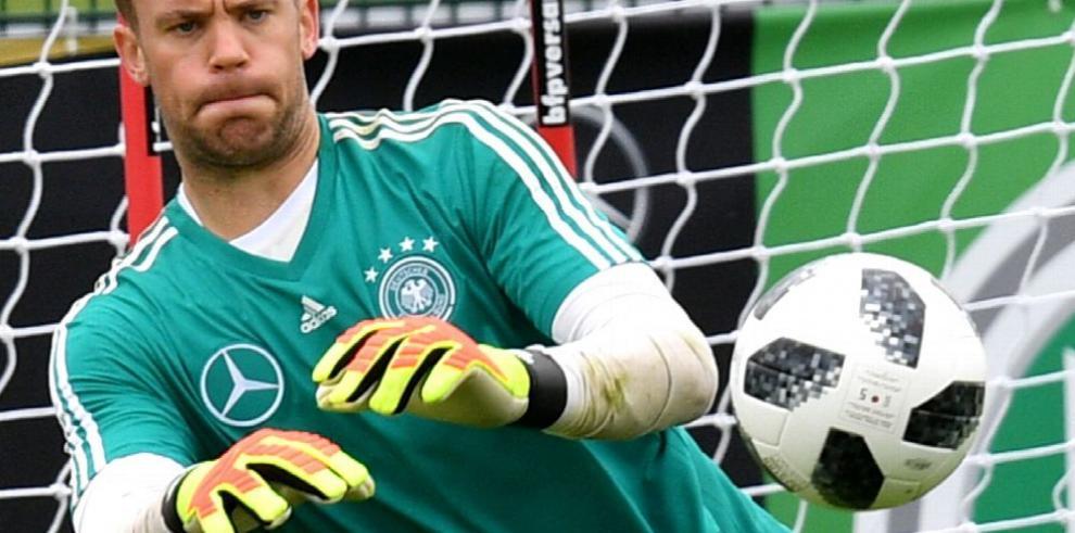 Adelanta Löw que Neuer será el titular