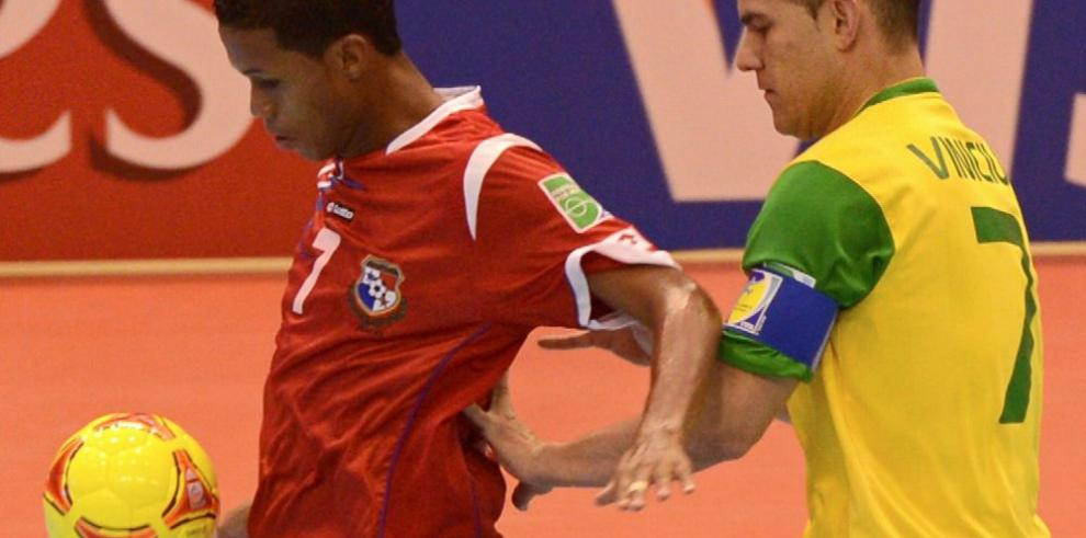 Panamá arranca bien en el futsal de 'Cocha'