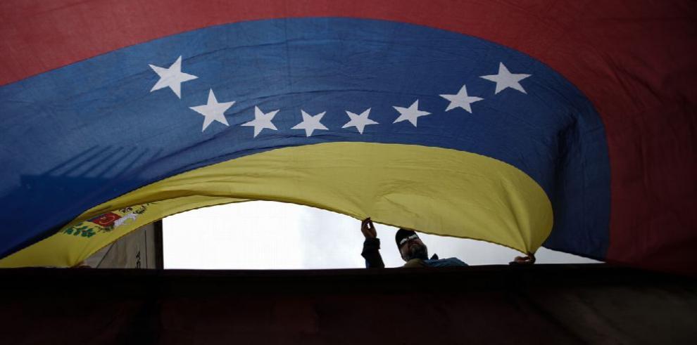 Piden al Gobierno venezolano restaurar orden constitucional