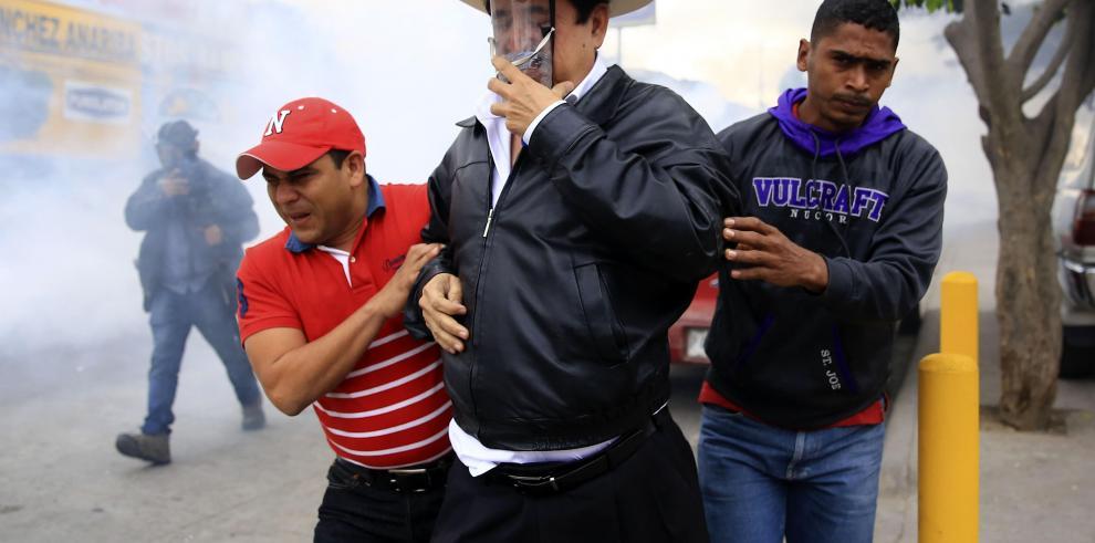 Almagro da un discreto aval a Hernández tras pedir repetir las elecciones