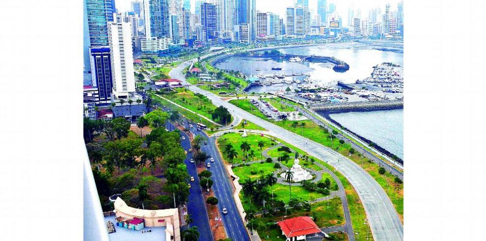 Reino Unido solicita a Panamá avanzar la ley de evasión fiscal