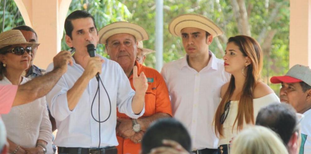 'El agro, uno de los mayores fracasos de Varela', Roux