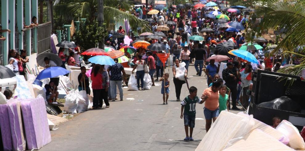 Gobierno beneficia a 10 mil residentes de Panamá Este