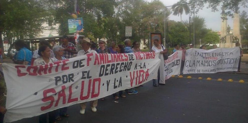 Buscan eliminar discriminación laboral a sobrevivientes deldietilenglicol