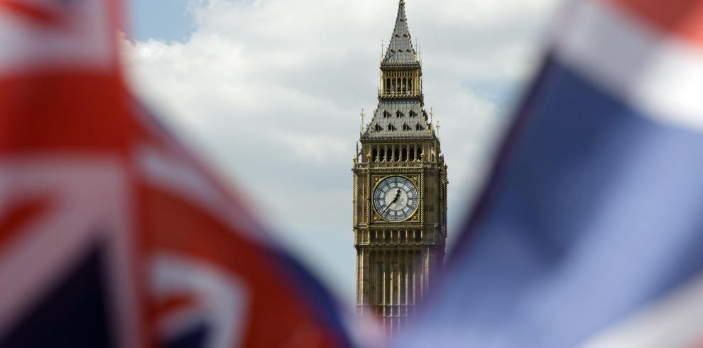 El Parlamento británico aprueba celebrar elecciones anticipadas el 8 de junio