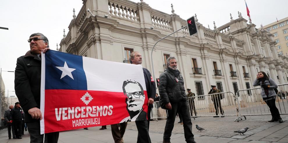 Chilenos conmemoran 44 años del Golpe de Estado contra Salvador Allende