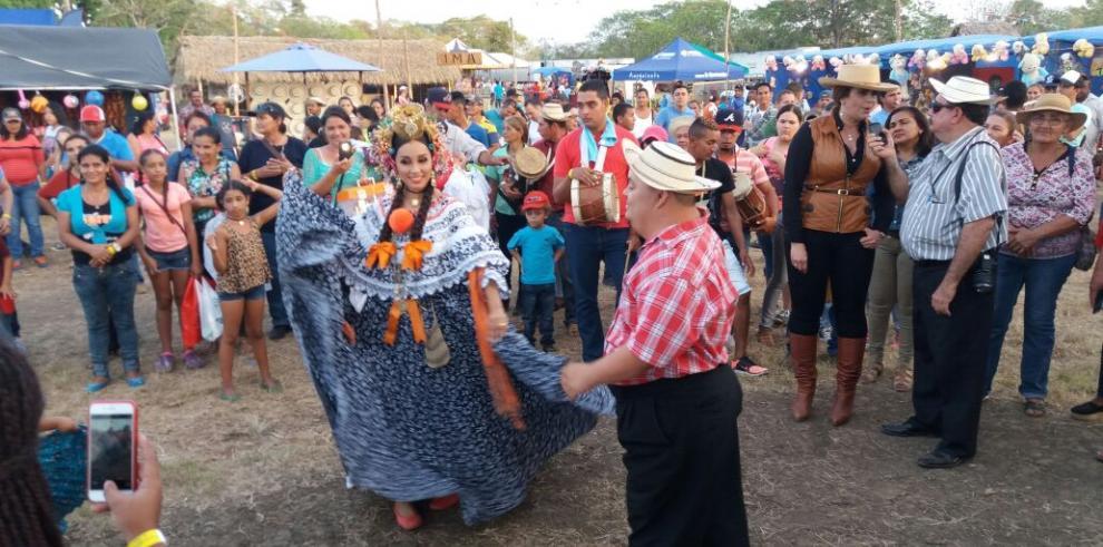 Con éxito cierra la Feria de Tonosí
