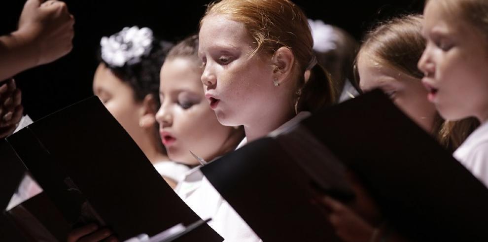 Escuela Juvenil de Música, presentó concierto de gala 2017