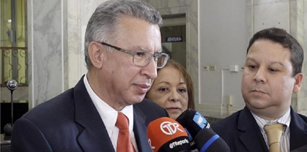 Martiz afirma que 'está en lucha contra las mafias internas de la CSS'