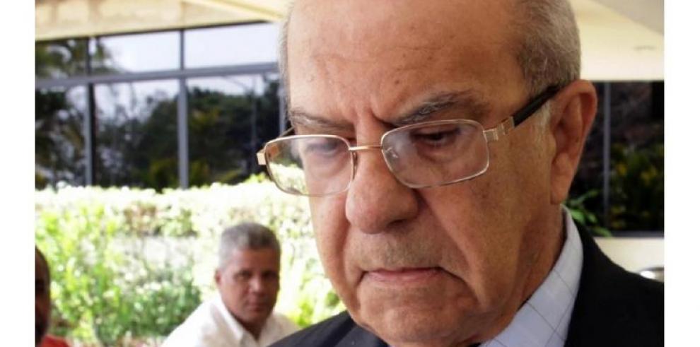 García de Paredes es indagado por irregularidades en la UP