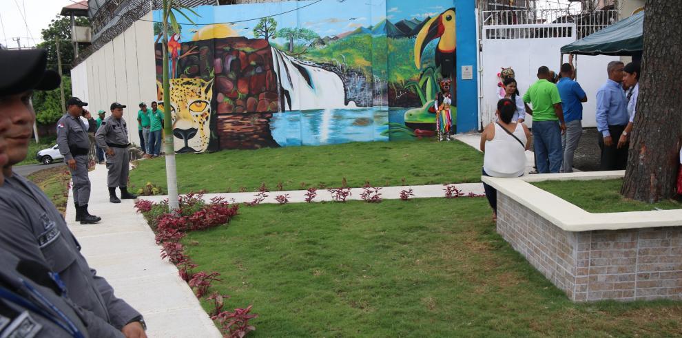 Inauguran parque conmemorativo Nelson Mandela en La Chorrera