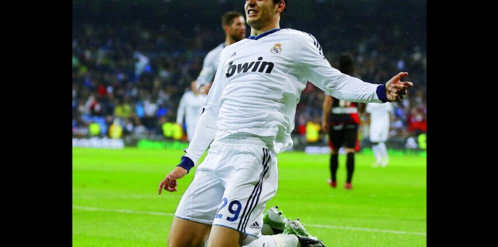 Milan muestra su interés por el español Morata