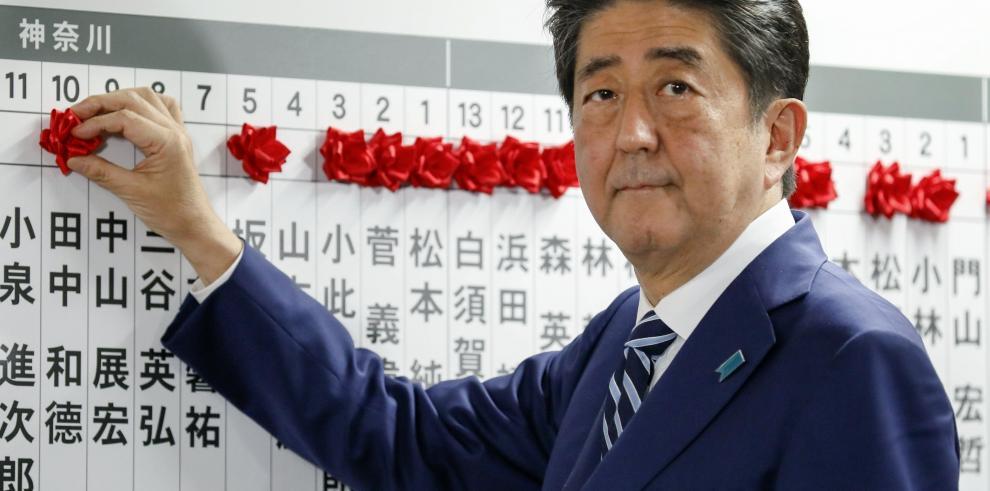 Shinzo Abe da por hecha su victoria en los comicios
