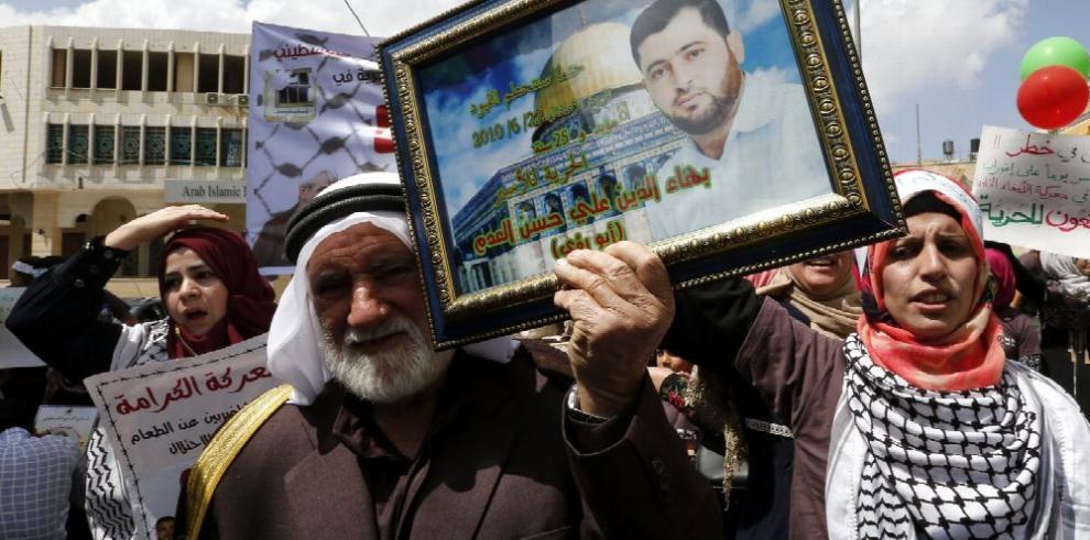 Unión Europea 'preocupada' por presos palestinos en Israel