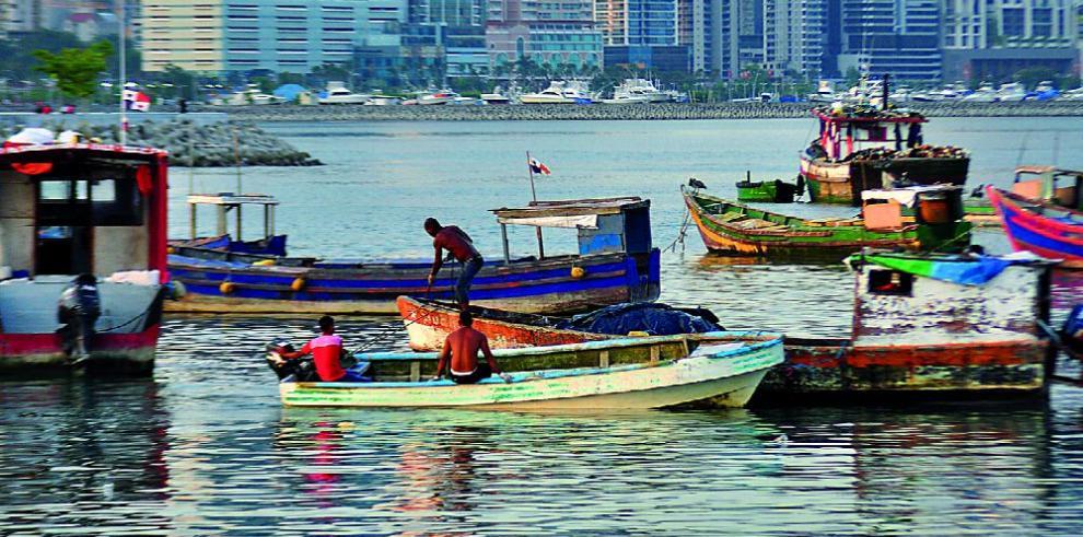 Parlatino aprueba un modelo de ley para la pesca artesanal