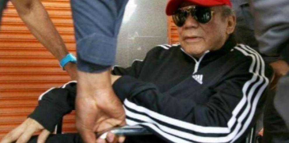 Manuel Noriega Contin U00faa En Estado Delicado