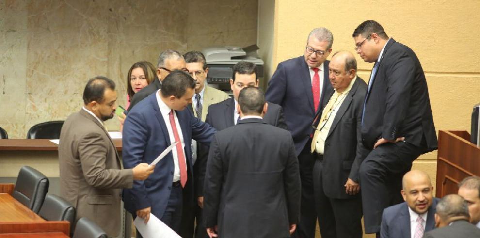 Asamblea cambió quince artículos de reforma electoral