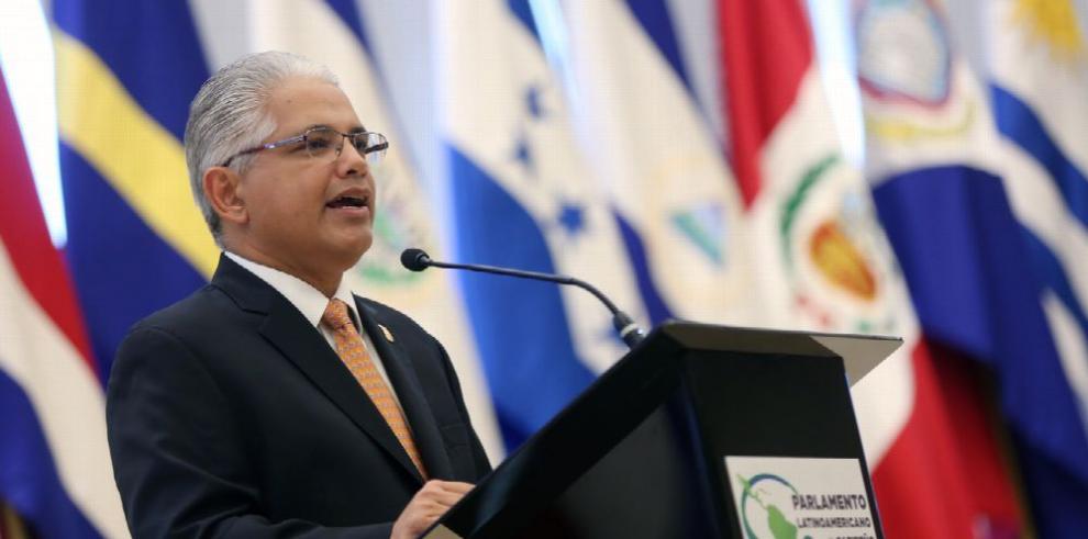 Alcalde capitalino defiende su gestión