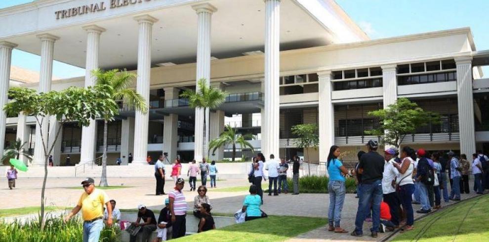 TE regula las postulaciones independientes para las elecciones del 2019