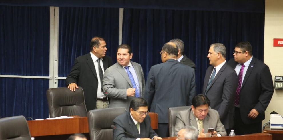 PRD no solicita comisión, ni denuncia a Varela