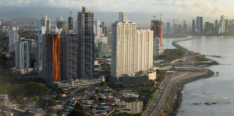 Empresas españolas mantienen interés en invertir en Centroamérica