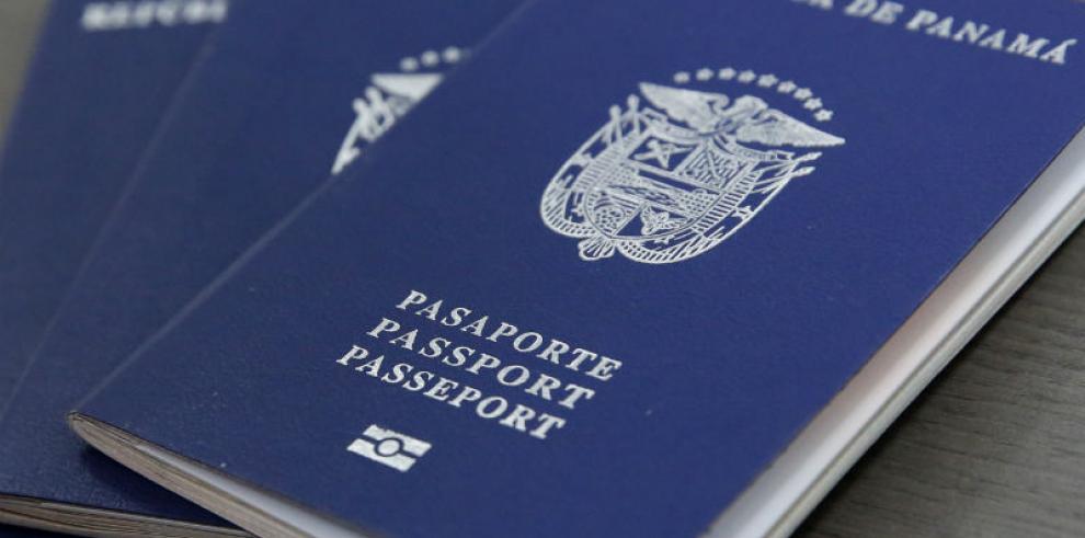 Aprueban más de $633 mil para la compra de nuevas libretas de pasaportes