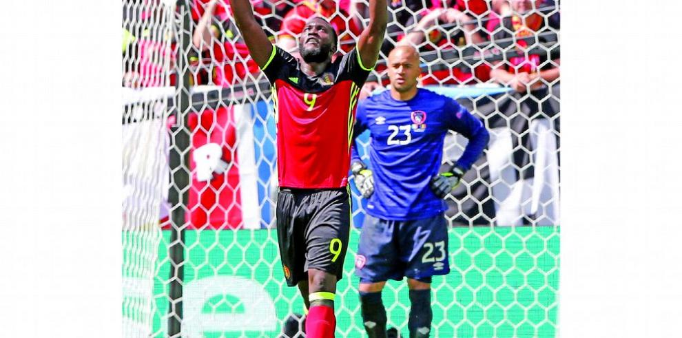 Manchester United ficha a Romelu Lukaku