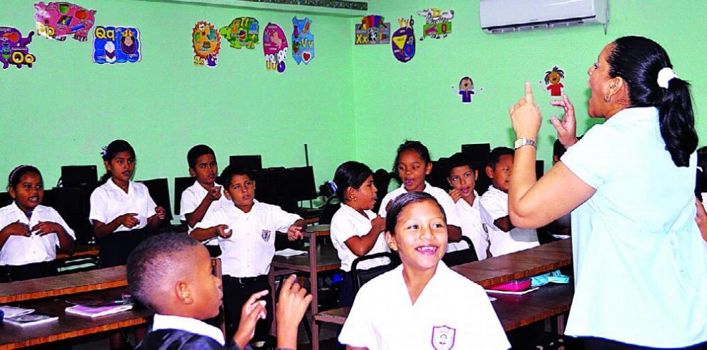 Educadores retoman diálogo con el MEDUCA